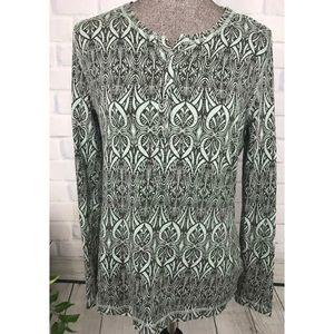 CAbi Green Henley Snap Shirt Size Large